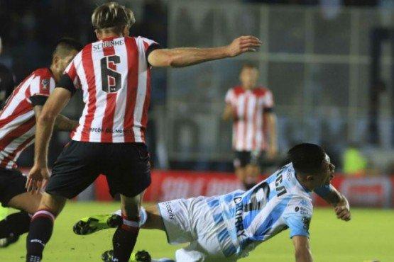 Copa de la Superliga: Racing empató sin goles con Estudiantes y pasó