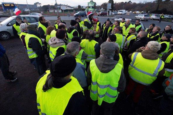 """Los """"chalecos amarillos"""", en una nueva ronda de protestas"""