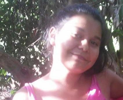 Policías y familiares buscan a una adolescente de 13 años