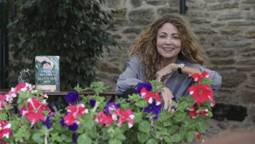 """Ángela Becerra: """"La revolución feminista está en marcha y no tiene vuelta atrás"""""""