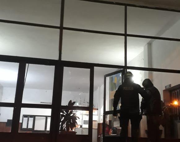 Dos detenidos por ocasionar disturbios