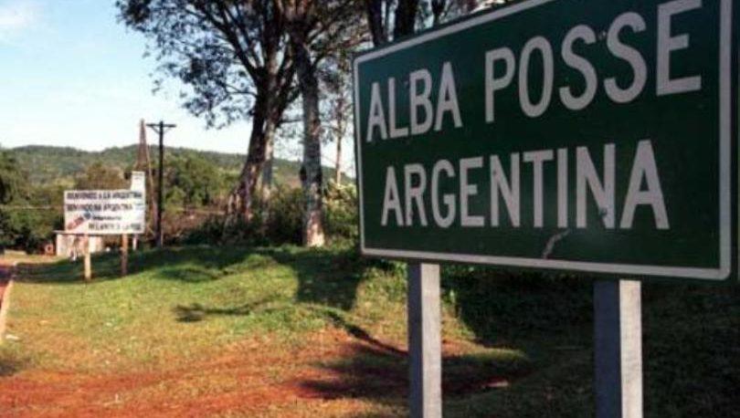 Alba Posse: un niño de 2 años y dos jóvenes de 20, fallecieron en choque