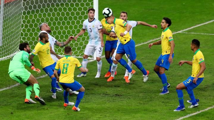 """Argentina no pudo """"eclipsar"""" a Brasil y se quedó sin final"""