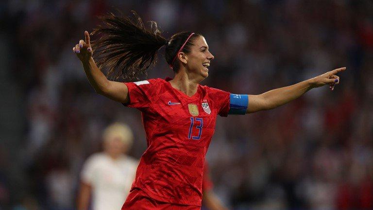 Estados Unidos venció a Inglaterra y es el primer finalista