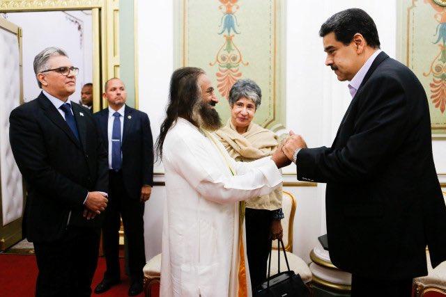 Maduro convocó a Ravi Shankar como mediador