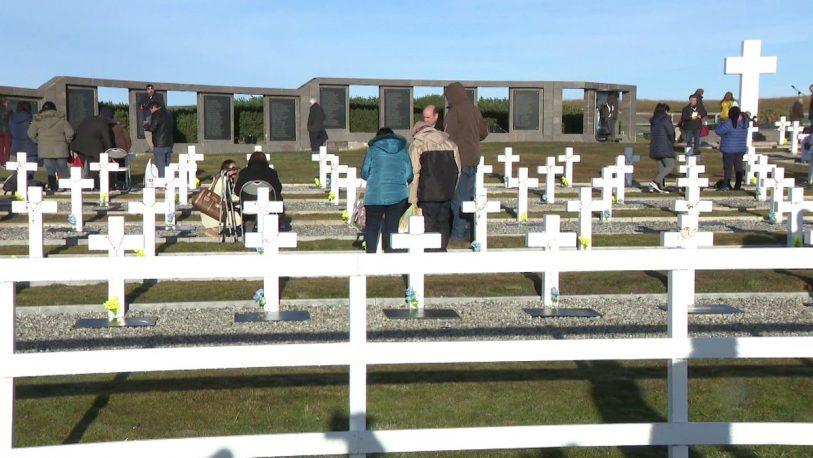 Son 114 los soldados identificados en el cementerio de Malvinas