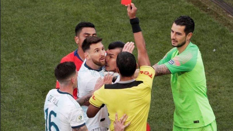 La AFA presentó su defensa de Messi ante Conmebol para mitigar sanciones