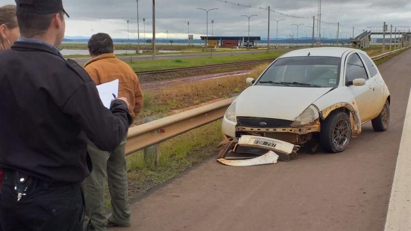 Siniestro entre auto y moto dejó un herido