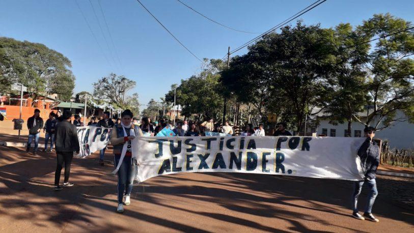 Realizaron una marcha para pedir justicia por Alexander Maldonado