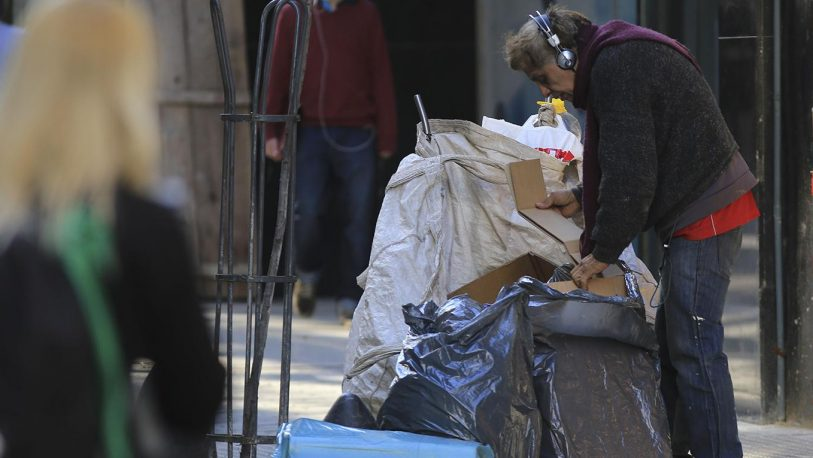 Según la UCA, la pobreza alcanzó el 35%