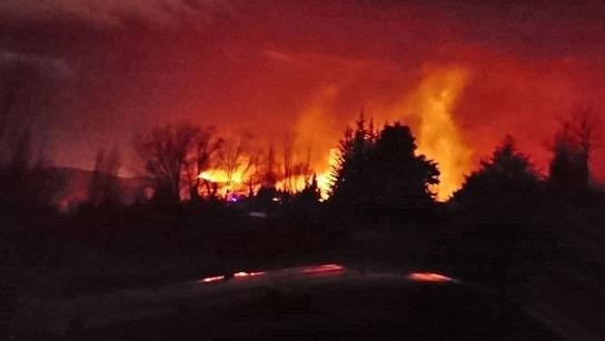 Una víctima fatal, incendios y destrozos por el viento zonda