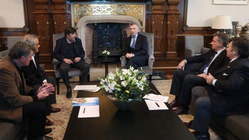 Pos elecciones: Macri realiza primera reunión de gabinete ampliado