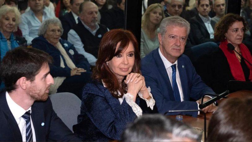 Causa Vialidad: Cristina pidió desplazar a la OA y la UIF como querellantes