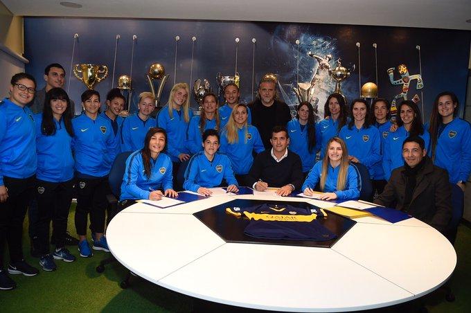 Boca profesionalizó el fútbol femenino
