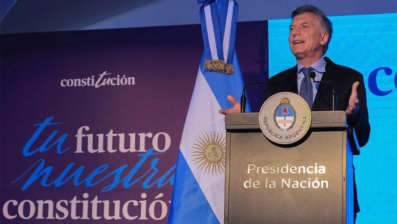 """Macri: """"No hay mejor manera de defender la Constitución que acatarla"""""""