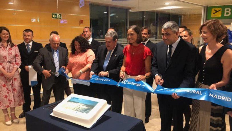 Vuelo Madrid-Iguazú: un logro del embajador Puerta