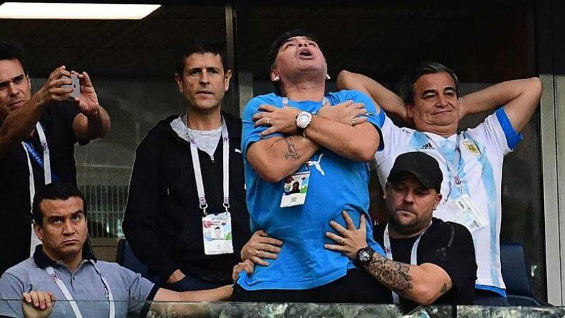 """Maradona: """"La llegada de De Rossi a Boca me llenó el alma"""""""