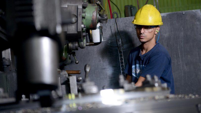 Todas las medidas anunciadas para trabajadores, Pymes y el precio de la nafta
