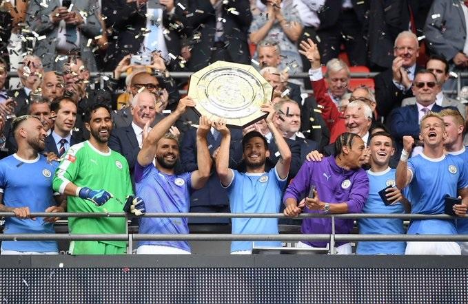 Manchester City se consagró bicampeón de la Community Shield