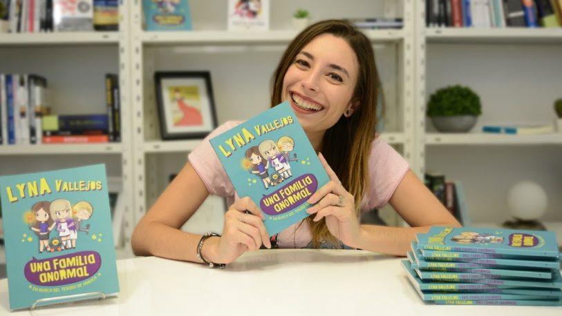 La youtuber Lyna Vallejos encabeza el ranking de los libros más vendidos