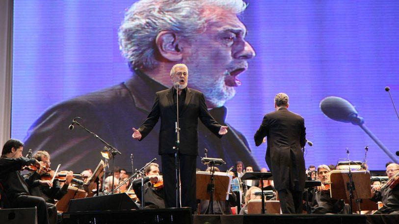 Cancelan concierto de Plácido Domingo tras denuncias de acoso sexual