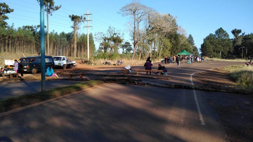 Cortes de ruta de sindicatos y organizaciones sociales en el Alto Paraná