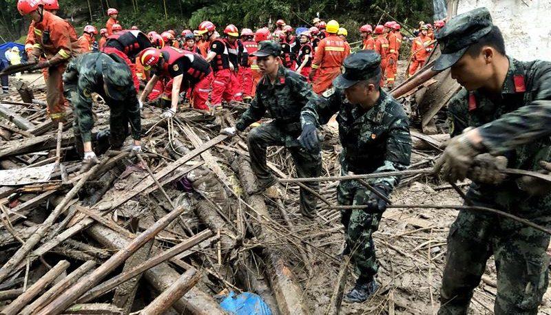 China: tifón toca tierra y deja 44 muertos y 18 desaparecidos