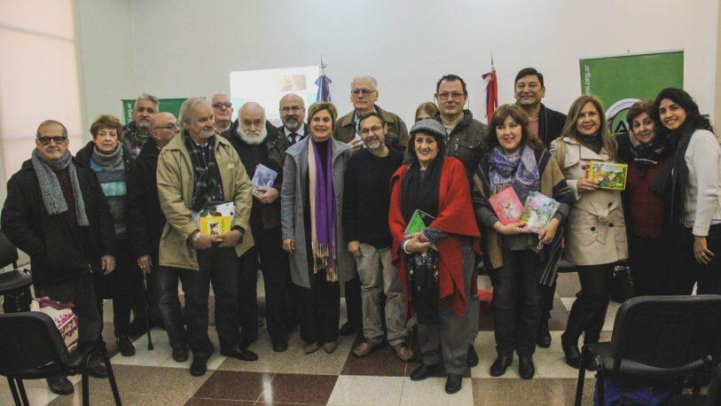 Escritores de Sadem venderán sus libros en el aeropuerto de Posadas y parques provinciales