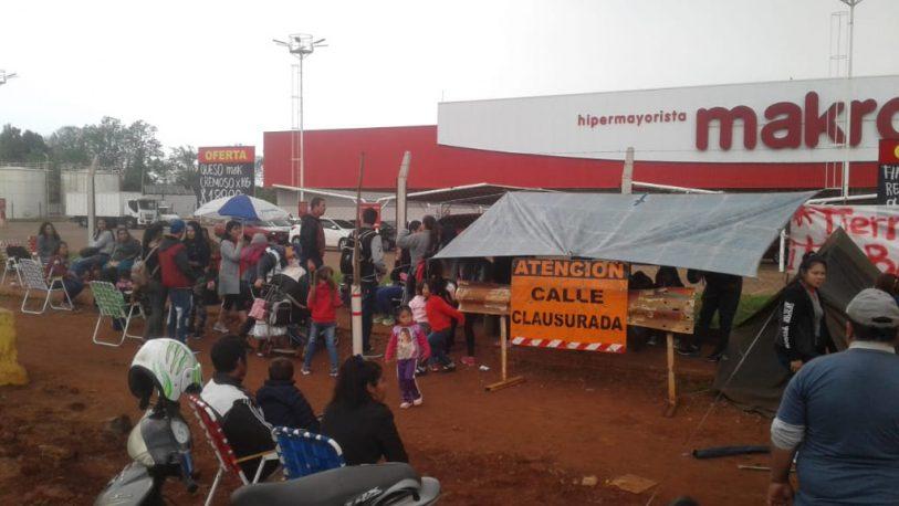 """Piquete en avenida Llamosas: """"Queremos un 'fondo' de $10 mil"""""""