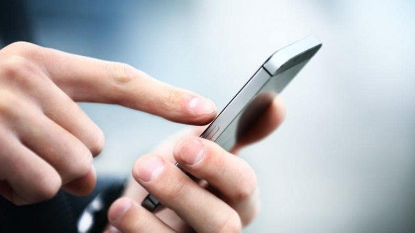 Seis de cada 10 argentinos usan el celular para transacciones
