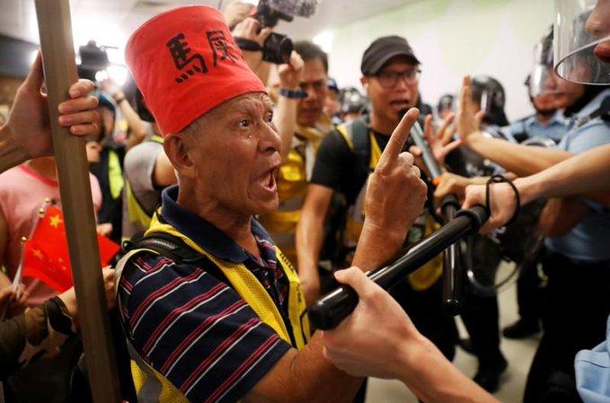 Decenas de miles vuelven a desafiar una prohibición oficial en Hong Kong