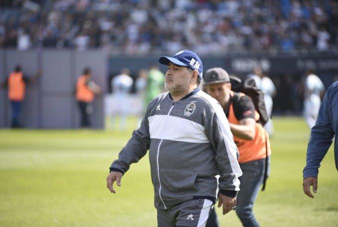 Gimnasia consiguió el primer triunfo como local con Maradona