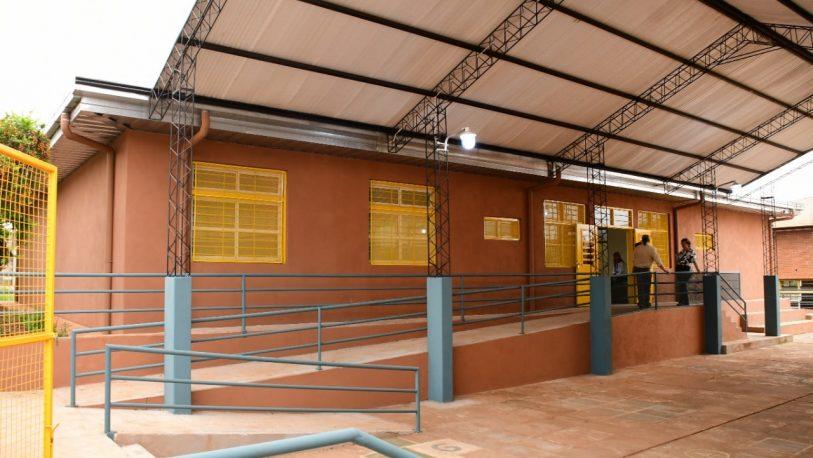 La EBY entrega un moderno edificio para niños del barrio San Isidro