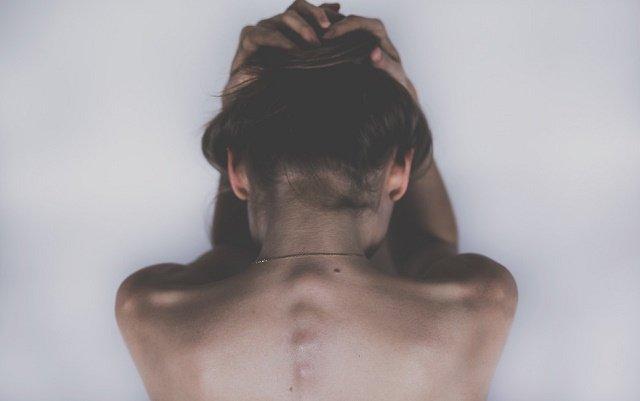 Hallan relación entre el dolor de cabeza y el de espalda