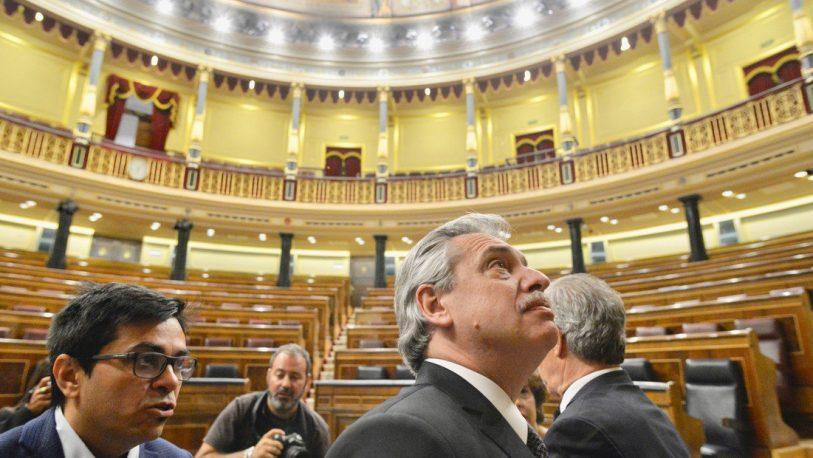 España: polémica por la cesión del Congreso para un acto del candidato kirchnerista