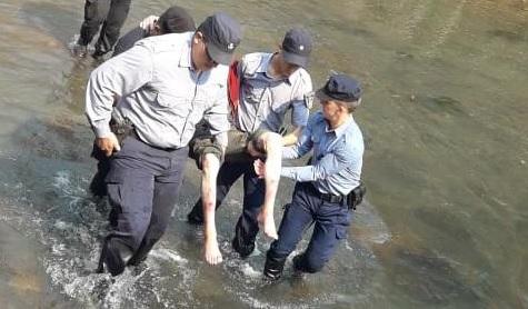 Encuentran en un arroyo a un abuelo extraviado