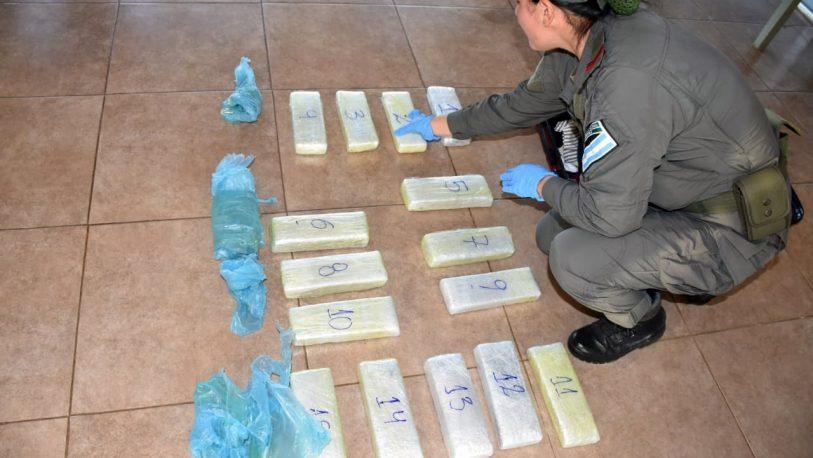 Pasajera detenida con más de 12 kilos de droga en la valija