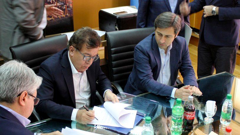 Yacyretá firmó contrato para iniciar obras del brazo Aña Cuá