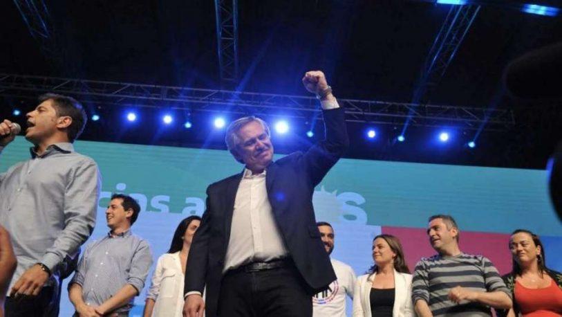"""Alberto Fernández le pidió """"diálogo"""" a Macri, y anunció un país """"igualitario y solidario"""""""