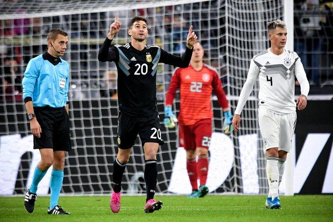 Argentina empató sobre el final con Alemania: 2-2