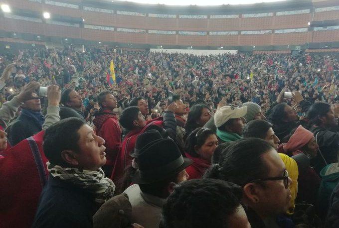 Ecuador: el Gobierno dice que desactivó un golpe; indígenas protestan contra el FMI