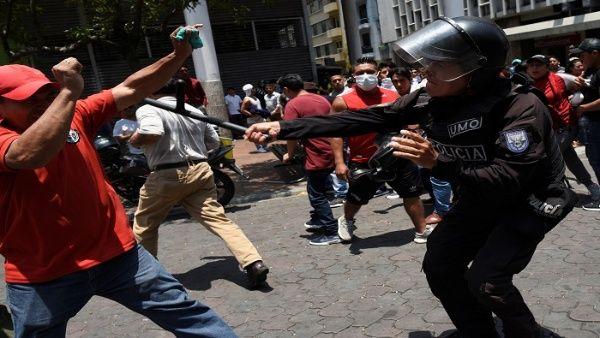 Indígenas rechazan el llamado al diálogo en Ecuador
