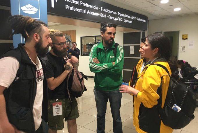 Liberan a los periodistas argentinos detenidos en Chile