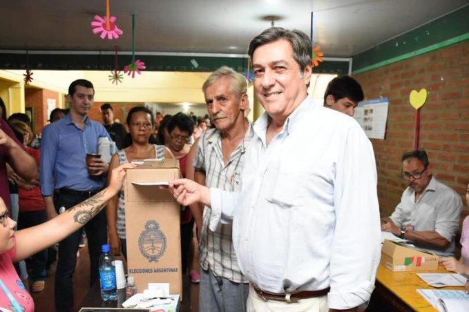 Schiavoni votó en barrio Los Paraísos