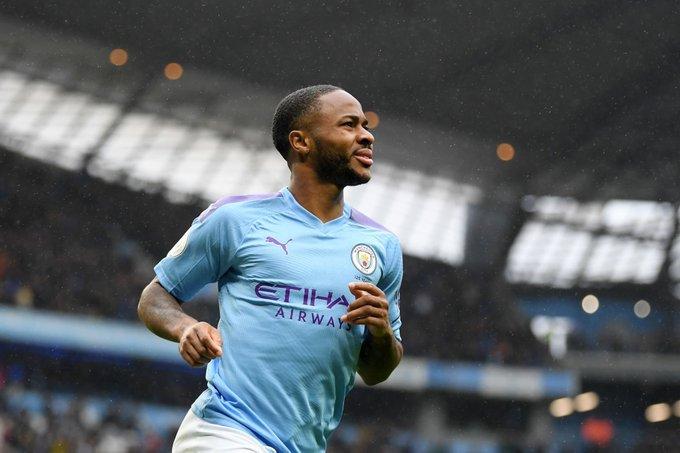 Manchester City goleó a Aston Villa y es escolta del Liverpool en Inglaterra