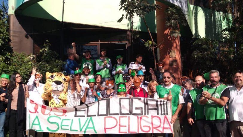 Trabajadores de Ecología declararon persona no grata al Ministro Díaz