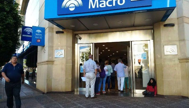 El sueldo mínimo de un bancario será de 60 mil pesos