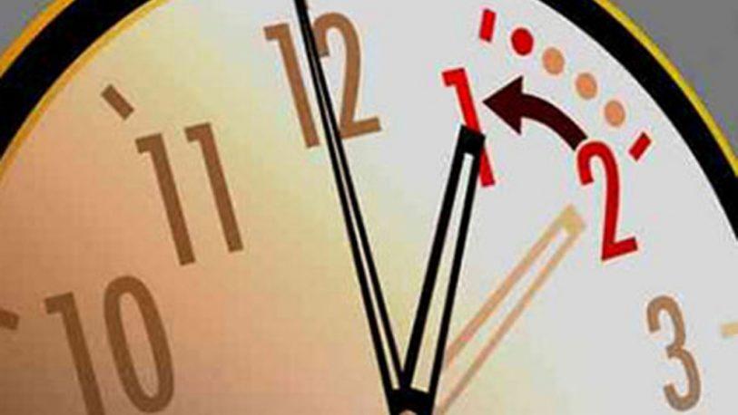Europa atrasa los relojes el domingo con el objetivo de ahorrar energía