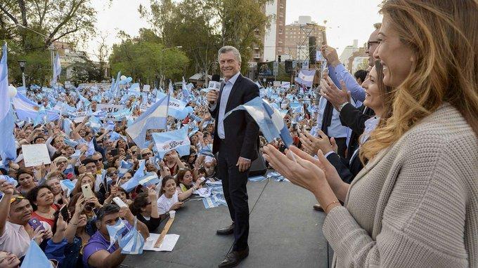"""Macri a favor de un """"gran acuerdo para una economía estable"""""""