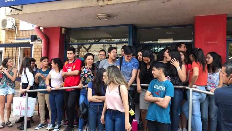 Posadas: 92 jóvenes trabajarán en McDonald's